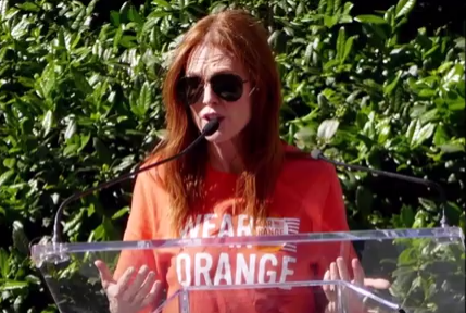 wear orang - Hollywood Stars Wear Orange To Raise Awareness For Gun Violence